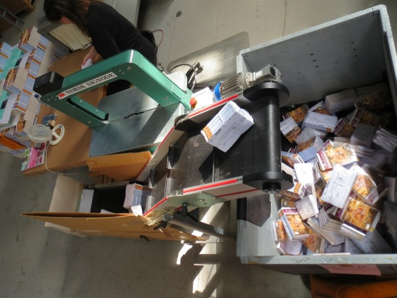 Når bøkene er stripset er de endelig klare til å bli levert til Posten for utkjøring og levering i din postkasse.