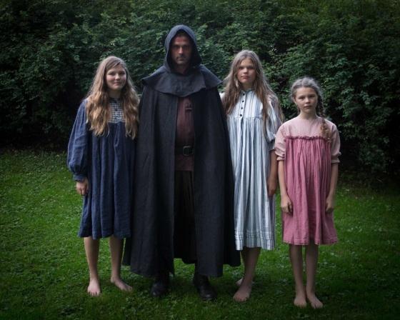 Nattmannen og barnelemmene (Foto: Janneche Strønen)