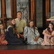 Barnelemmene etter sangen i Domkirken. Selma Indine, Cecilia, Yngve, Mathilde og Lovise. (Foto: Anne-May Telstø Bueide)