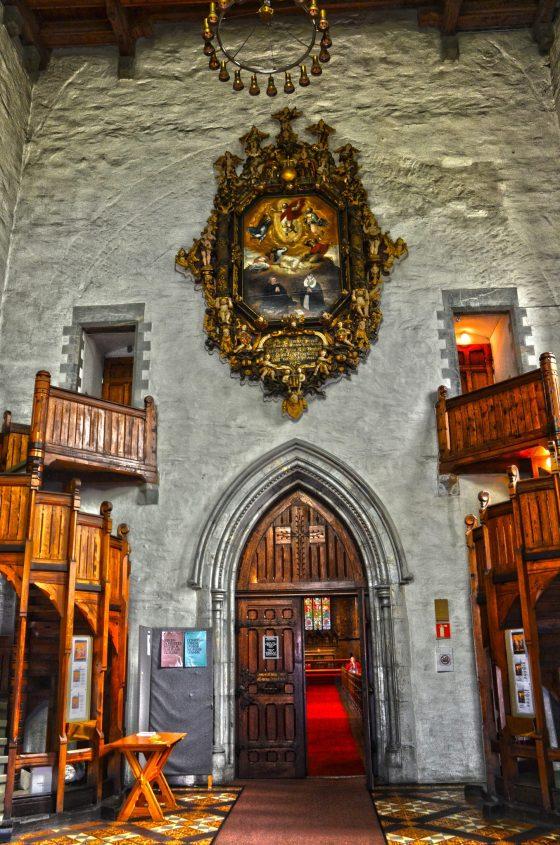 Epitafium i Domkirken som henger i våpenhuset. (Foto: Reidar Arvid Storaker)
