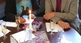 Biskopen og fruen ville gjerne ha signert Nattmannens datter