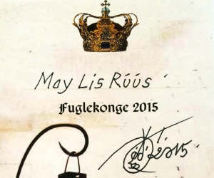 Fuglekongebesviset ble påskrevet av Oddvar Torsheim, og jeg fikk autografen hans på kjøpet. :)