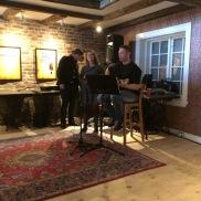 Musikk med Thomas Gundersen og Charlotte Strømsnes Wigum. (Foto: May Lis Ruus)