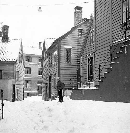 I dette området bodde Johan og Oline. (Kilde: Foto: Gustav Brosing, UiB, Marcus, ubb-bros-00301b)